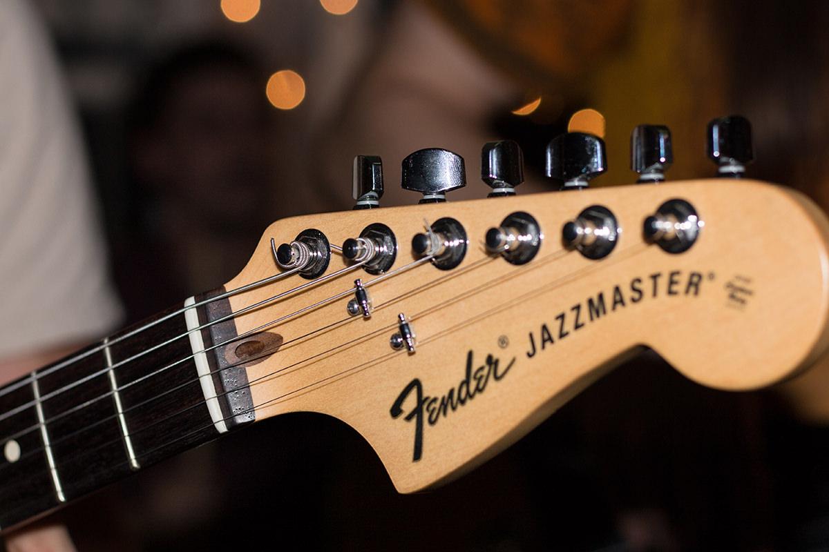 fender gitara